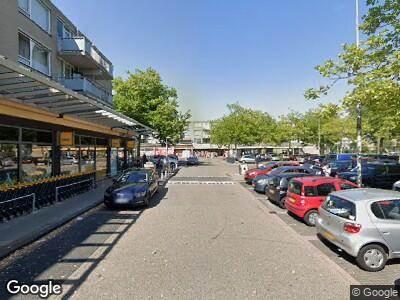 Ambulance met grote spoed naar Herenhof in Alphen aan den Rijn