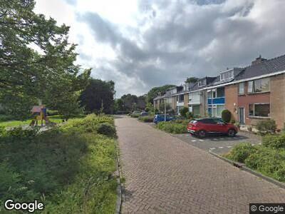 Ambulance met grote spoed naar De Vlaschaard in Amstelveen