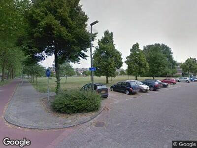 Ambulance met grote spoed naar Zevenkampse Ring in Rotterdam