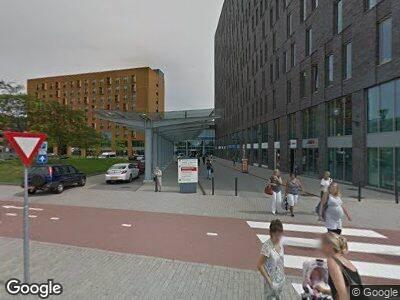 Ambulance met gepaste spoed naar Albert Schweitzerplaats in Dordrecht