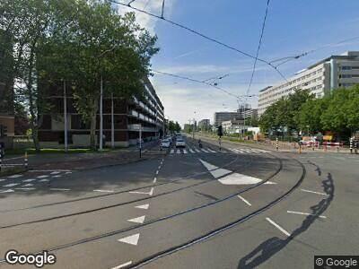 Ambulance met grote spoed naar Johan Huizingalaan in Amsterdam