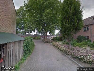 Ambulance met grote spoed naar Bellefleur in Zetten