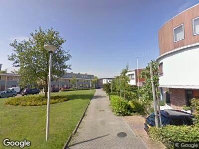 Ambulance met gepaste spoed naar Sluiskolk in Alphen aan den Rijn