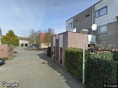 Ambulance met grote spoed naar Boterkamp in Maasland