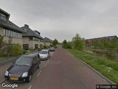 Ambulance met grote spoed naar Zonnedauwlaan in Amstelveen