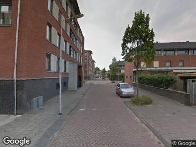 Ambulance met grote spoed naar Koningsveld in Delft