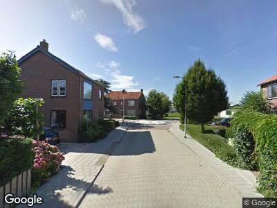 Ambulance met grote spoed naar Bloemenstraat in Ter Aar