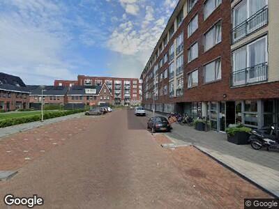 Brandweer met grote spoed naar Burgemeester Vos de Waelstraat in Zwolle