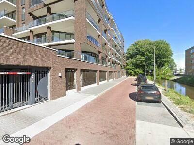 Ambulance met gepaste spoed naar Groenelaan in Amstelveen