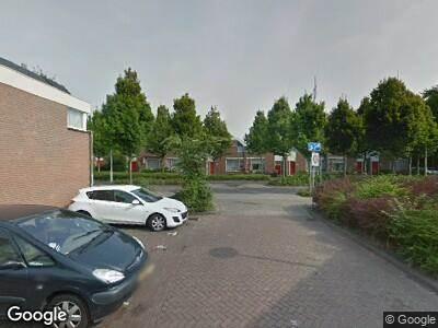 Ambulance met gepaste spoed naar Strausslaan in 's-Gravenhage