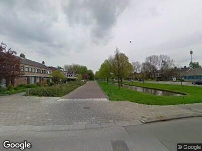 Ambulance met gepaste spoed naar Wilgenlaan in Dordrecht