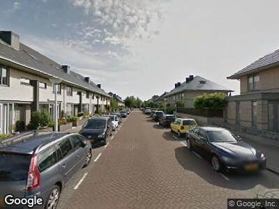 Ambulance met grote spoed naar Tamarindelaan in Amstelveen