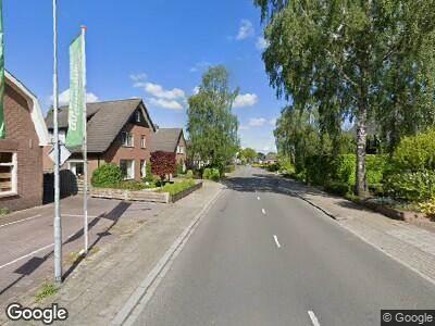 Ambulance met grote spoed naar Molenweg in Voorthuizen