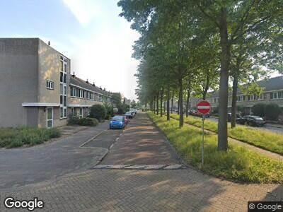 Ambulance met grote spoed naar Boschplaat in Amstelveen