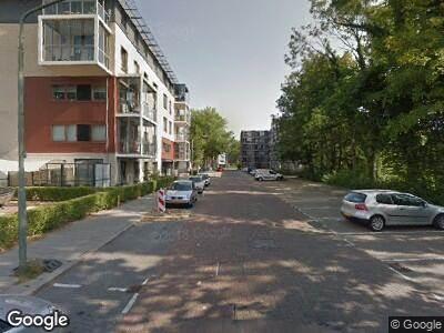 Ambulance met gepaste spoed naar Vorrinklaan in Dordrecht