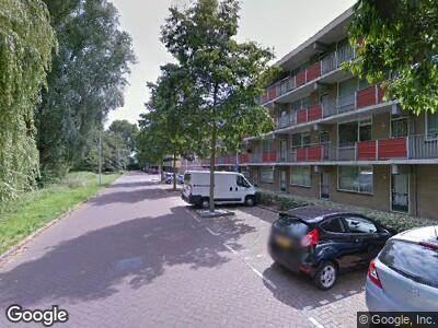 Ambulance met gepaste spoed naar Korte Water in Amsterdam