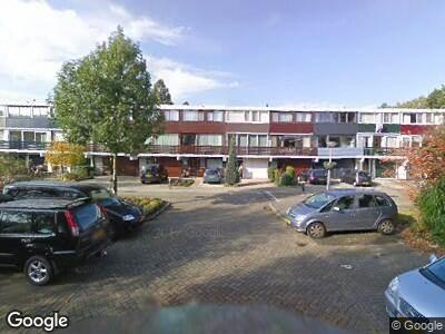 Ambulance met grote spoed naar Schuberthof in Alphen aan den Rijn