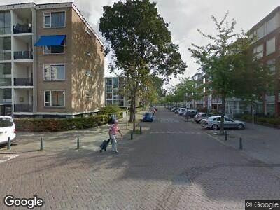 Ambulance met grote spoed naar Marterrade in 's-Gravenhage