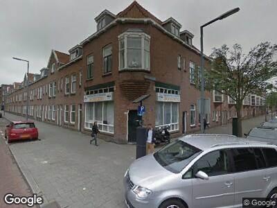 Politie naar Hillevliet in Rotterdam vanwege verkeersongeval