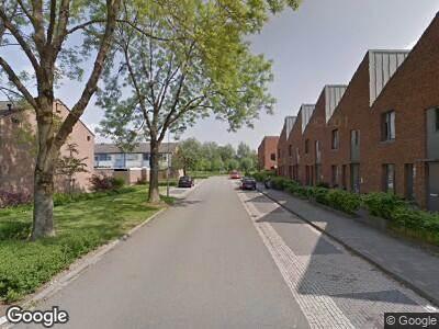 Ambulance met gepaste spoed naar Meerkoetstraat in Duiven