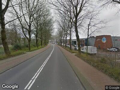 Ambulance met gepaste spoed naar Peulenlaan in Hardinxveld-Giessendam