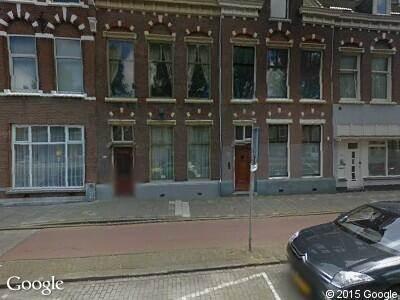 Ambulance met grote spoed naar Laan van Meerdervoort in 's-Gravenhage