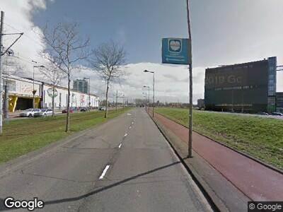 Politie naar Stadionweg in Rotterdam vanwege verkeersongeval