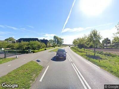 Ambulance met grote spoed naar Valkseweg in Barneveld