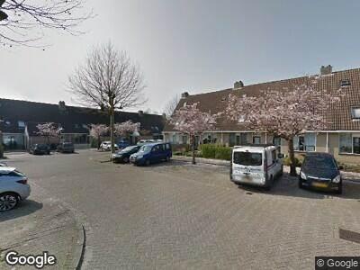 Ambulance met gepaste spoed naar Theo Kwantenstraat in Hellevoetsluis