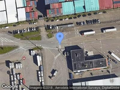 Politie naar Streefwaalseweg in Pernis Rotterdam vanwege verkeersongeval