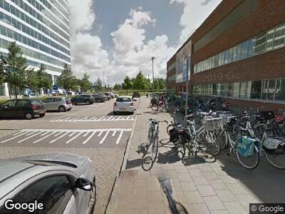Ambulance met gepaste spoed naar Hospitaalweg in Almere