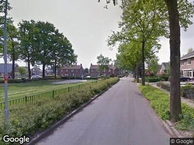 Ambulance met gepaste spoed naar Woerdstraat in Duiven