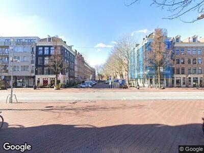 Ambulance met gepaste spoed naar Pieter Vlamingstraat in Amsterdam