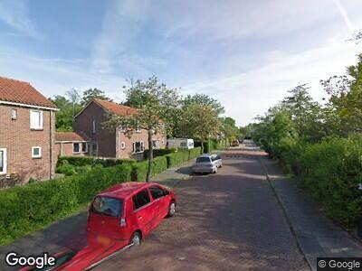 Ambulance met grote spoed naar Raadhuisstraat in Middenbeemster