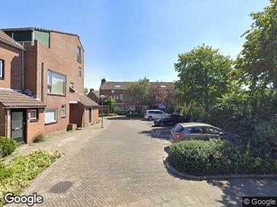 Ambulance met gepaste spoed naar Koperwieklaan in Voorschoten