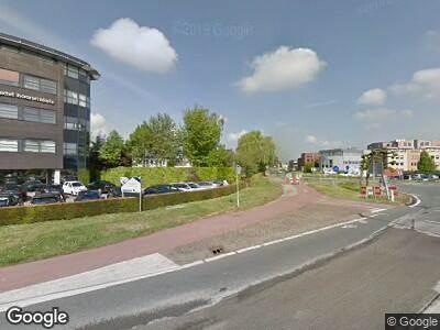 Ambulance met gepaste spoed naar Steenweg in Waardenburg