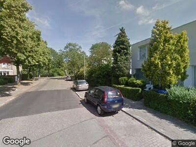 Ambulance met gepaste spoed naar Multatuliweg in Delft