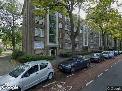 Ambulance met grote spoed naar Melis Stokelaan in 's-Gravenhage
