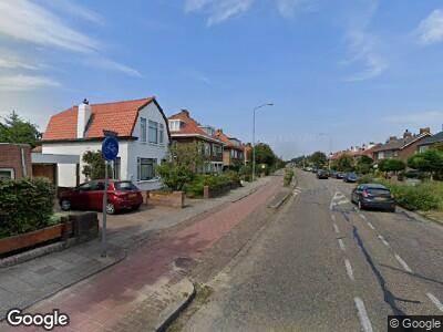 Ambulance met grote spoed naar Leidseweg in Voorschoten