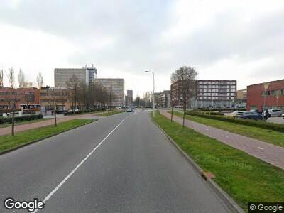 Ambulance met grote spoed naar Laan van de Helende Meesters in Amstelveen