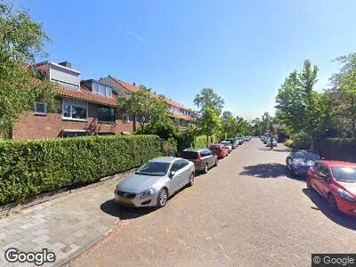 Ambulance met grote spoed naar Carel Fabritiuslaan in Amstelveen
