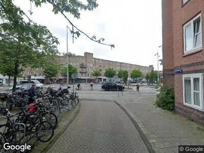 Brandweer met grote spoed naar Pienemanstraat in Amsterdam