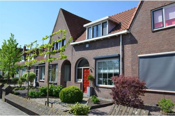 Slaapkamer Meubels Waalwijk : Woning putstraat 52 waalwijk oozo.nl