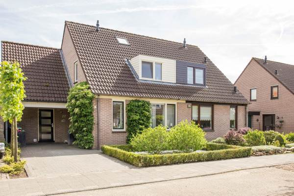 Woning Wethouder M J van den Hatertstraat 22 IJzendoorn