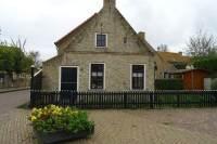 Woning Johan Wilhelm Burgerstraat 1 Hollum