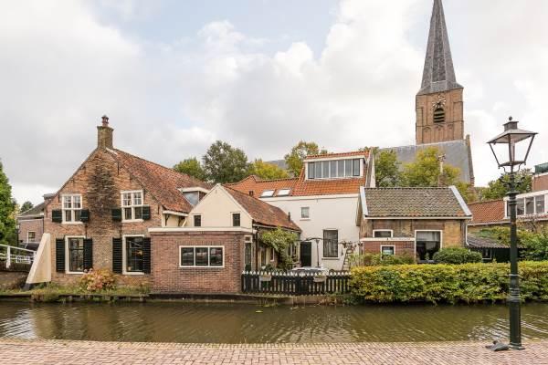 Woning Kerkstraat 1 Maasland