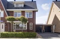 Woning Pastoor J. van Dijklaan 14 De Kwakel