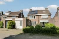 Woning Rijvoortshoef 270 Raamsdonksveer