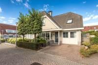 Woning Hoenderhof 30 Numansdorp