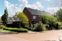 Woning Walraven van Hallstraat 1 Heemskerk